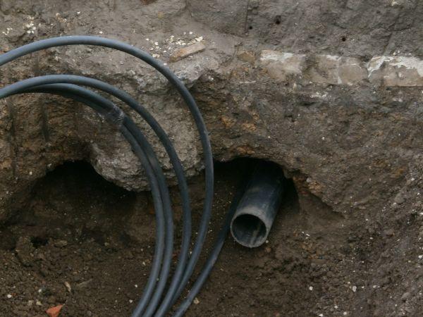 Как пробить дорогу для водопровода